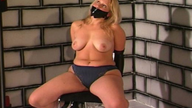 a-pain-slut-in-training_01