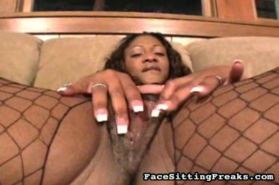 Adina Jewel worshipped