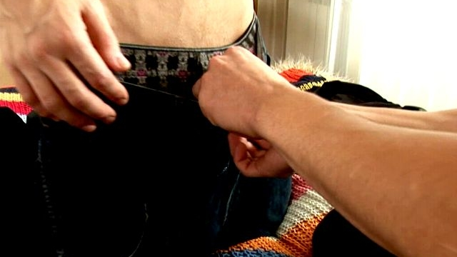 Amazing-brunette-gay-jerome-getting-screwed-by-handsome-tommy-in-the-bedroom_01-1