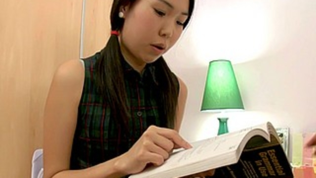 asian-babe-doing-her-homework_01