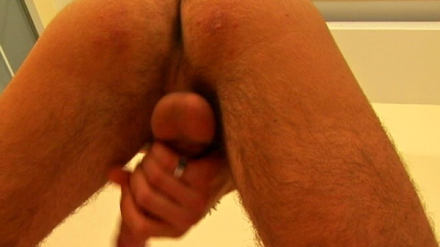 athletic-brunette-gay-showing-his-sexy-butt-and-wanking-his-giant-dork_01