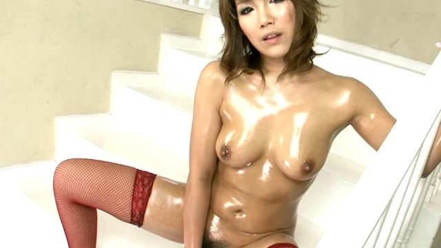 awesome-japan-nymphet-akiho-nishimura-toying-her-hairy-oiled-pussy-on-the-stairs_01