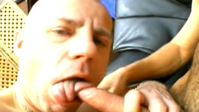 bald-gay-gives-oral-sex-and-swallows-warm-sperm-with-lust-on-the-camera_01-1