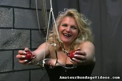 BBW slave butts spanking