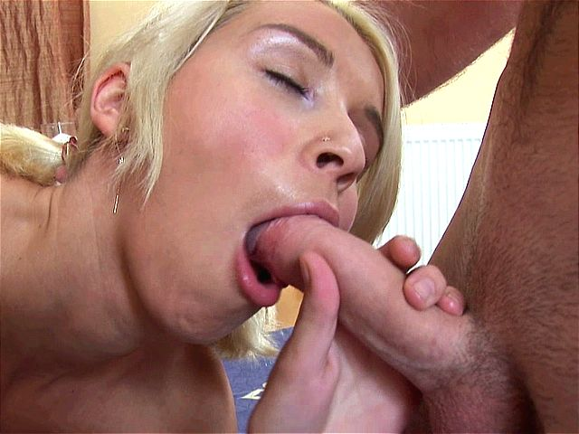 Beautiful blonde amateur girl swallowing hot seed with lust