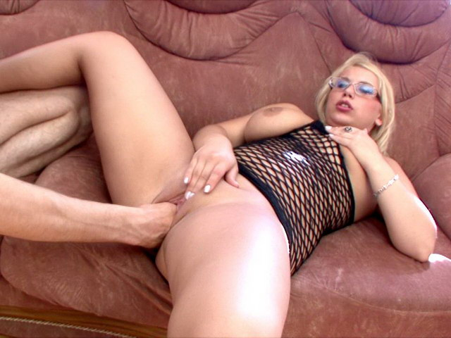 Beautiful Russian tramp with giant melons Lulu getting chubby bald pussy fisted on the couch