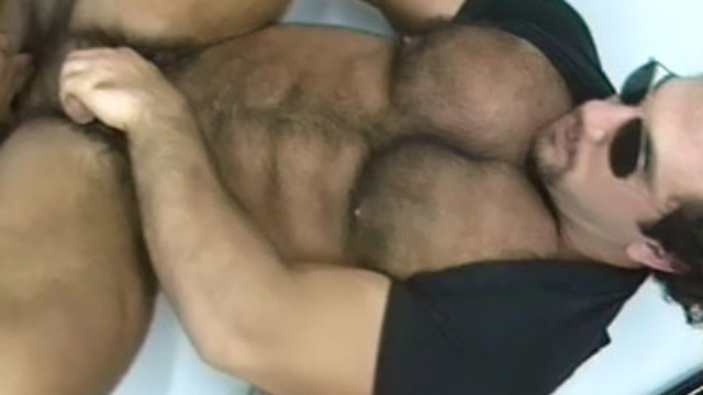 beefy-mature-gay-gives-off-blowjobs_01