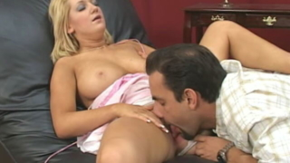 Big Breasted Blonde Boomshell Jessica Sweet Getting Pink Beaver Licked Hard