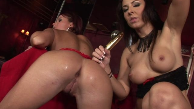 big-meloned-lesbians-licking-and-dildoing-their-fuckable-quims_01