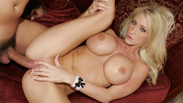 big-tits-blonde-nadia-hilton-blowjob-and-sex_01