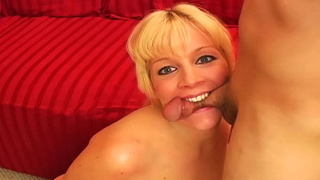 biting-blowjob_01