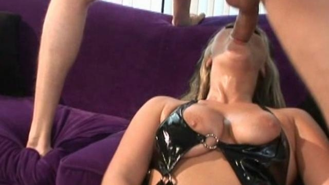 Blonde-chick-bailey-gets-her-mouth-fucked_01-3
