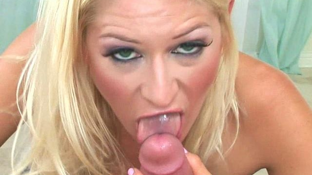 blonde-paris-gables-sucks-this-rock-hard-dick_01-1