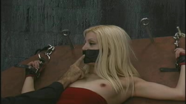 blondie-bound-and-gagged_01