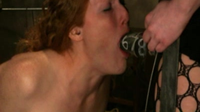 blowjob-in-the-dungeon_01