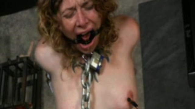 Bondage-blowjob-training_01