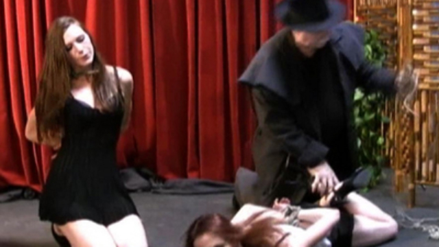 Video Sasha Bondage