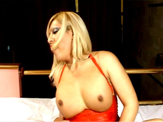 Busty blonde tranny girl in sexy corset Romina jumping anally a monster penis