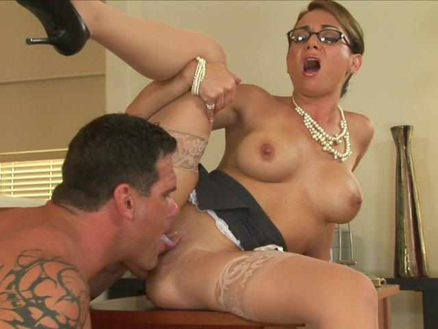Busty secretary Holly West gets her pink hole fucked