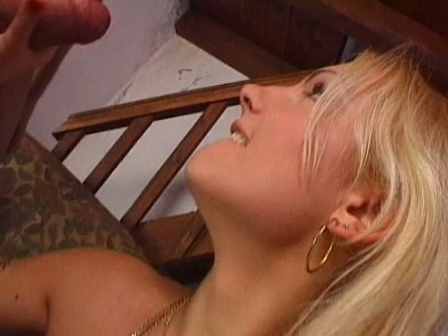 Captivating blonde amateur girl sucking a big penis in a threesome