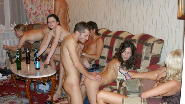 Check-out-truly-crazy-real-college-sex-video_01