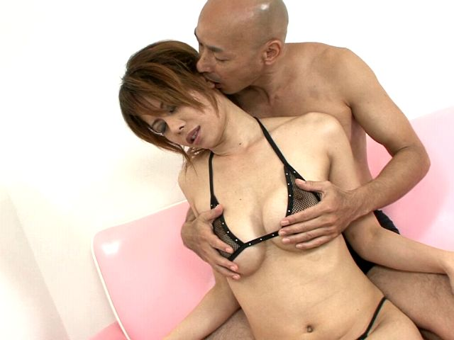Chesty Japan hottie Moe Aizawa getting slick pussy fingered on the couch