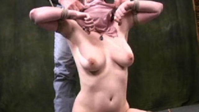 chubby-naked-big-tit-slave_01