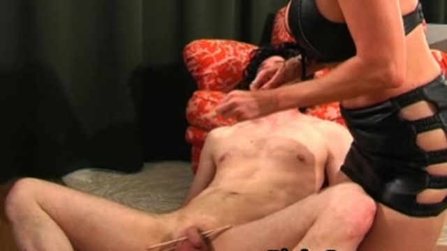 cock-whipping_01