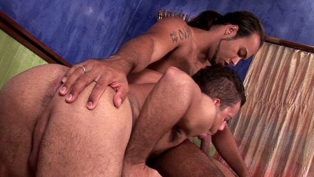 Cutie-brunette-gay-sandra-getting-butt-fucked-by-handsome-matheus-doggy-style_01