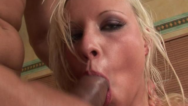 dazzling-blonde-nymphet-slurping-an-immense-cock_01