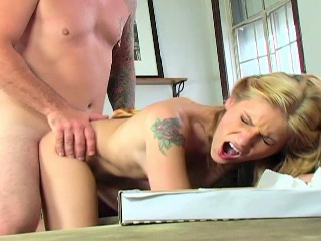 Dominica Leoni bends over and gets her pink hole fucked