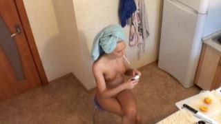 Erotic blonde voyeur babe Alicia making her breakfast naked