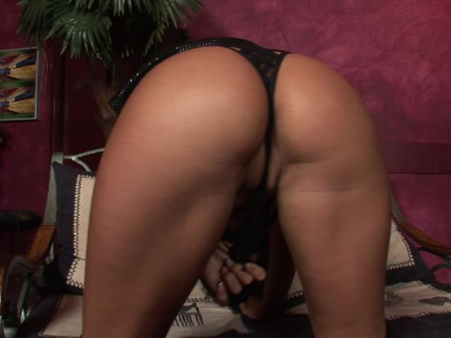 Erotic goddess teasing us with her fuckable round butt
