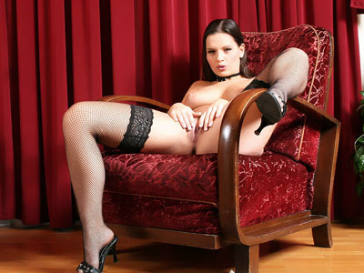 Eve Angel Posing In Stockings Lingerie Queens XXX Porn Tube Video Image