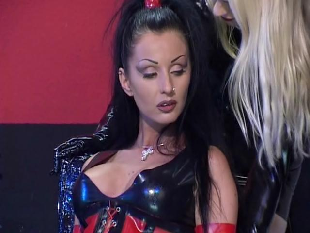 Excited lesbian slave in latex clothes Vaneckova  rubbing a hot babe's slick snatch