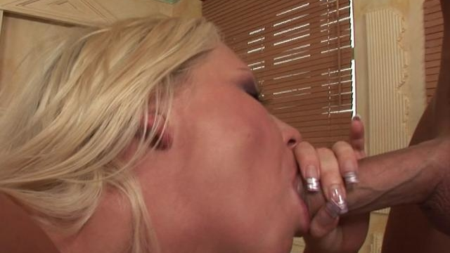 firm-bodied-blonde-whore-sucking-an-enormous-prick-on-her-knees_01