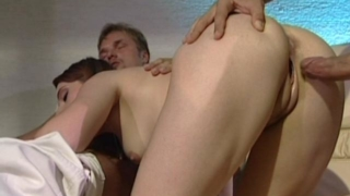 Gorgeous Amateur Slut Getting Slammed By Two Massive Cocks