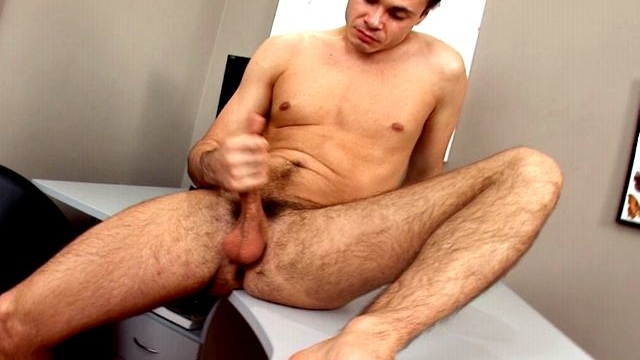 handsome-brunette-gay-duke-fingering-his-hairy-butthole-on-the-camera_01