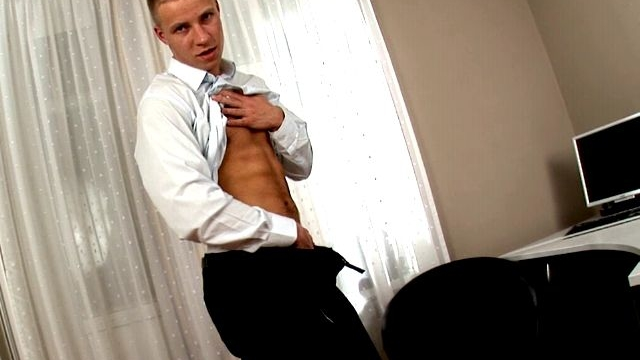 handsome-tall-gay-ken-stripping-and-playing-with-his-cock-on-the-camera_01