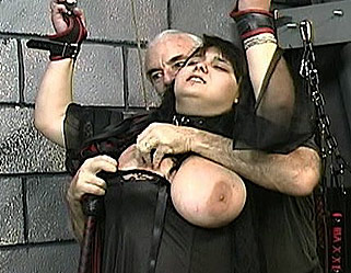 Hardcore Tit Whipping Amateur Bondage Videos XXX Porn Tube Video Image