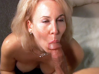 Hirsute MILF Gives a Blowjob Hairy Pussy Porno XXX Porn Tube Video Image
