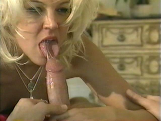 Horny blonde bitch Dru Berrymore giving blowjob in the bedroom Free Blowjob Passport XXX Porn Tube Video Image