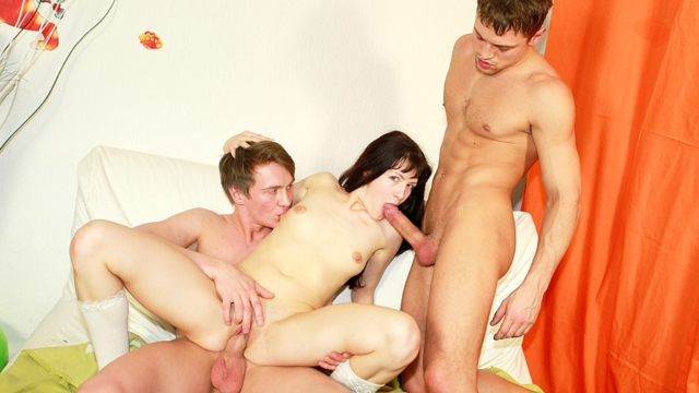 Horny-college-student-fucking-at-b-day-party_01