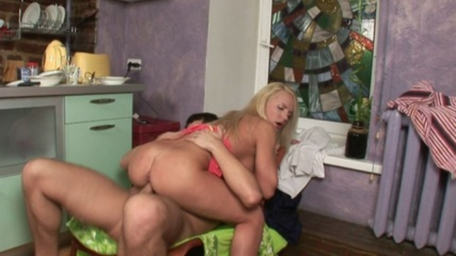 horny-couple-enjoys-an-amazing-morning-sex_01-4