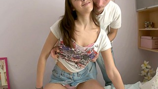 hot-teen-gets-her-pussy-filled-with-cum_01