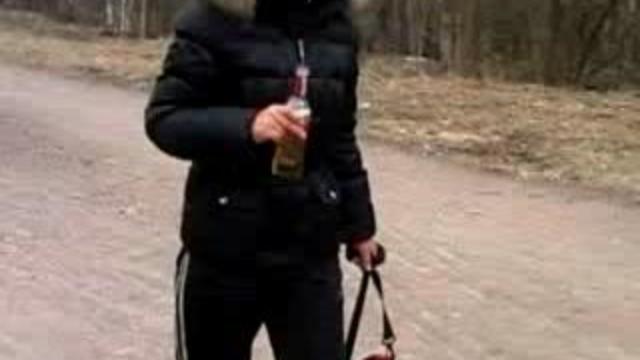 Hot-teen-slut-fucks-outside-in-winter_01