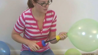 Innocent Looking Amateur Teen Babe Heidi Playing With Balloons