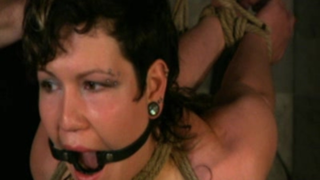 Intense-bondage-orgasms_01