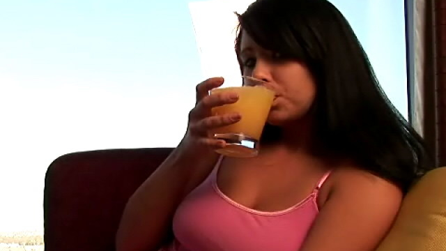 irressistible-teen-cutie-josie-drinking-whisky-with-ice-on-the-couch_01