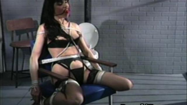 jailhouse-bondage_01-1